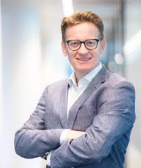 René van der Velden - FIELDS Group