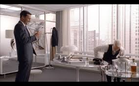 roger sterlings new office so completely chic then and still as stylish today i could do without the mushroom shaped lamp but the saarinen desk and art roger sterling office