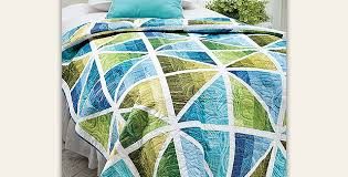 This Simple Quilt is So Charming - Quilting Digest & Prismatic Quilt Pattern Adamdwight.com