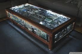 Fancy DIY Computer Board Table Design  http://bestpickr.com