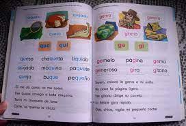 Delle cose degli scalini dei berretti, degli zaini. Mommy Maestra Nacho Lectura Inicial A Spanish Reading Workbook