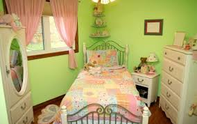 Pale Green Bedroom Pale Green Walls For The Dining Room Download 3d House