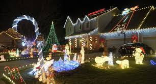 Kansas City Christmas Lights 2017 Heres Where To See Christmas Lights In Wichita In 2019