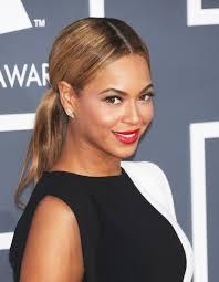 Beaute Cheveux Tendances Beyonce Toutes Ses Coupes De Cheveux En S Raie Au Milieu