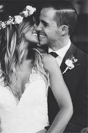 best 25 wedding kiss ideas on pinterest wedding pictures Wedding Dress Up Games With Kissing 20 heart melting wedding kiss photo ideas Romantic Kisses Game