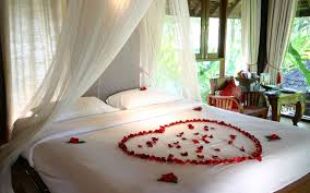 Romantic Bedroom Paint Colors Stunning Romantic Bedroom Decorations For Honeymoon With White