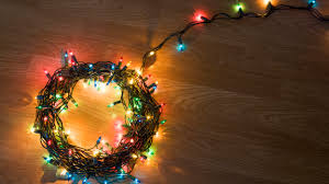How To Make A Short String Of Christmas Lights How To Choose Install And Store Christmas Lights