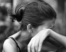 「woman cry face」的圖片搜尋結果