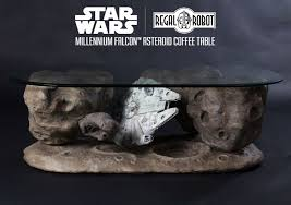 star wars coffee table depicts a