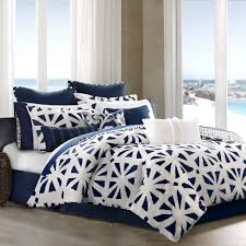 image of white navy blue comforter