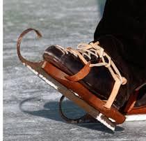 Реферат по физкультуре на тему коньки конькобежный спорт  Реферат по физкультуре на тему коньки конькобежный спорт фигурное катание