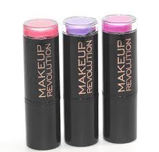 makeup revolution amazing lipstick in chic depraved crime