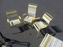 retro 70 s vinyl fooring vintage 60s 70s metal vinyl strap patio lawn chair glider lounge