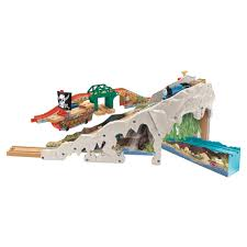 1thomas friends wooden railway pirate cove discovery set image image image