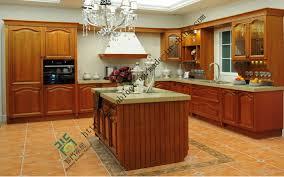 China Oak Solid Wood Kitchen Cabinet Manufacturer Zs 288 China