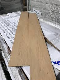 commercial grade lvt maple strip flooring 3mm thick 0 7 wear layer heavy duty luxury vinyl tile maple stripl flooring 3 34m2 per box 10 boxes per lot