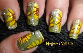 Easy Cute Sunflowers Nail Art / Diseño de Girasoles   Madjennsy ...