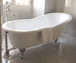 bathworks diy refinishing kit of painting the exterior of your clawfoot bathtub this is a
