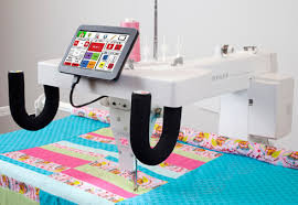 Fabulous Longarm!   Babylock Crown Jewel & Pfaff Power Quilter P3 ... & Check out the All New Pfaff PowerQuilter - Power. Everyting you are looking  for in a Long Arm Quilting Machine Adamdwight.com
