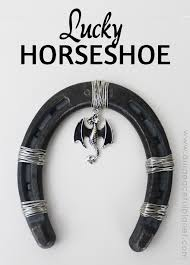 horse shoe hanging luck page 1 line