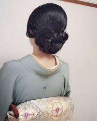 Moriyama Mamiさんのヘアスタイル シンプルな和装ヘア訪