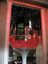 Pocono Palace Resort: Champagne glass jacuzzi