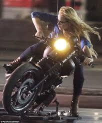 margot robbie films motorbike stunt on suicide squad set in