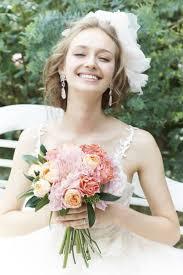 結婚式の前髪新婦ありなしドレスやメイク会場の雰囲気に合う