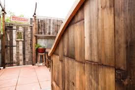 reclaimed wood wall cladding girl fig 04