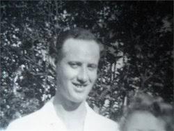 Vernon Gilbert Lynch (1917-1990) - Find A Grave Memorial