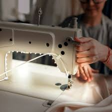 Sewing Lights Reviews 7 Best Sewing Machine Lights Reviewed In Detail Jan 2020