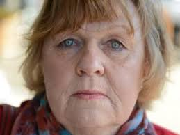 Hastings community mourns loved jeweller Dermot O'Toole   Herald Sun