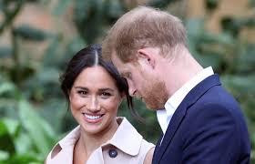 Prince harry and meghan markle are saying i will on. Sic Noticias Nasceu A Filha De Harry E Meghan