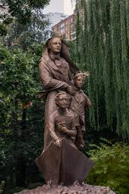 Cuomo Unveils Statue of Mother Cabrini - The New York Times