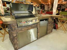 Outdoor Kitchens  Gas Grills Janesville WI Nelsons HTR - Bull outdoor kitchen