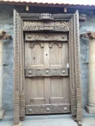 nothing makes a bigger impression than an old south indian door