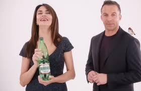Maria Grazia Cucinotta metamorfosi attrice pubblicità acqua ...