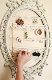 Earring Display Stand Diy Another Neat Way to Display Your Jewelry Famed Lace Display 59