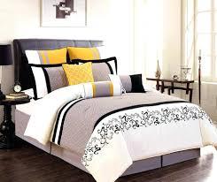 yellow room decor best yellow bedrooms ideas on yellow room decor lovable blue and yellow bedroom yellow room decor yellow bedroom ideas