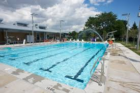 outdoor pool locations