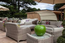 How To Get Closer To Nature Through Outdoor Living Spaces