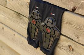 Review G Form Pro X2 Knee Pads Make Protection Discreet