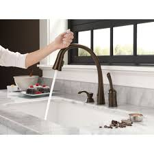 Venetian Bronze Kitchen Faucet Delta Faucet 980t Dst Pilar Polished Chrome Pullout Spray Kitchen