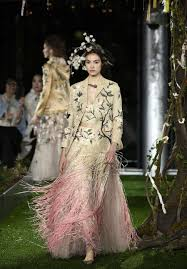 Grazia Design Christian Diors Spring Summer 2017 Haute Couture Collection