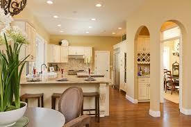 creme maple glazed kitchen gallery 05