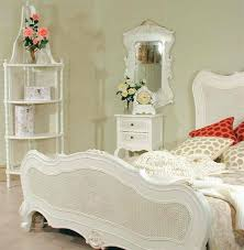 Off White Bedroom Furniture Sets Casual White Wicker Bedroom Furniture Furniture Design Ideas