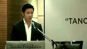 As of 2013 he was considered to be one of indonesia's wealthiest individuals with a net worth of us$ 2.3 billion. 10 Singaporean Billionaire Heirs Who Are Also Surprisingly Accomplished Individuals
