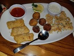 photo of olive garden italian restaurant buford ga united states sampler trio