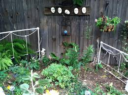 outdoor fence decor ideas small backyard vegetable garden house design with  dark wooden decoration decorations