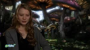 Mia Wasikowska talks about Alice in Wonderland - YouTube